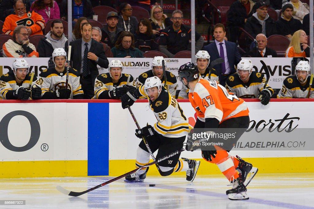 NHL: DEC 02 Bruins at Flyers : News Photo