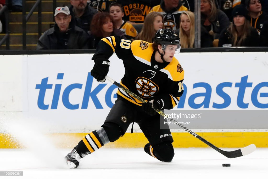 NHL: NOV 11 Golden Knights at Bruins : News Photo