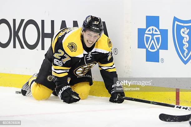 Boston Bruins Right Wing Austin Czarnik injured after sliding into the boards The Boston Bruins defeated the Philadelphia Flyers 63 Saturday at the...