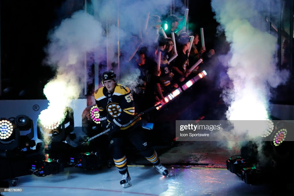 NHL: OCT 05 Predators at Bruins : News Photo