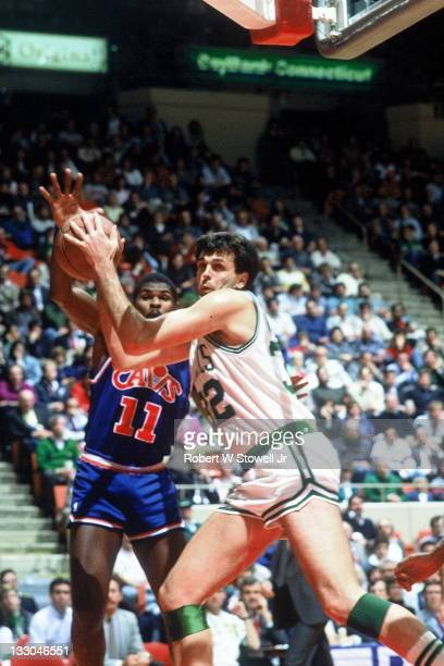 Boston Celtics Kevin McHale clears the boards during a game against the Cleveland Cavaliers, Hartford CT 1988.