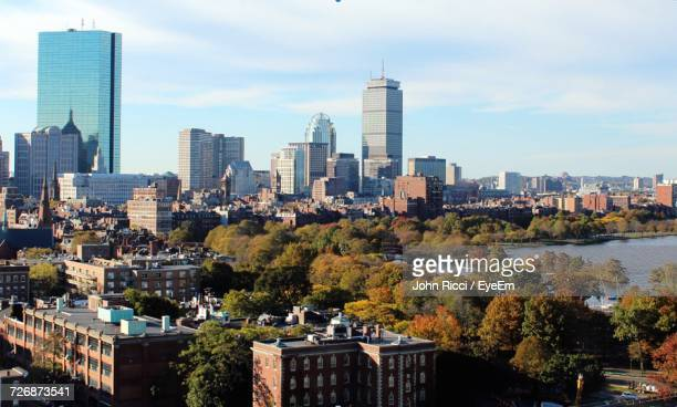 boston cityscape in autumn - boston massachusetts stock pictures, royalty-free photos & images