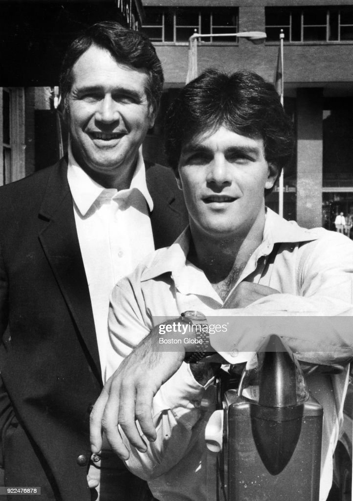 Boston College Coach Jack Bicknell And Doug Flutie : News Photo