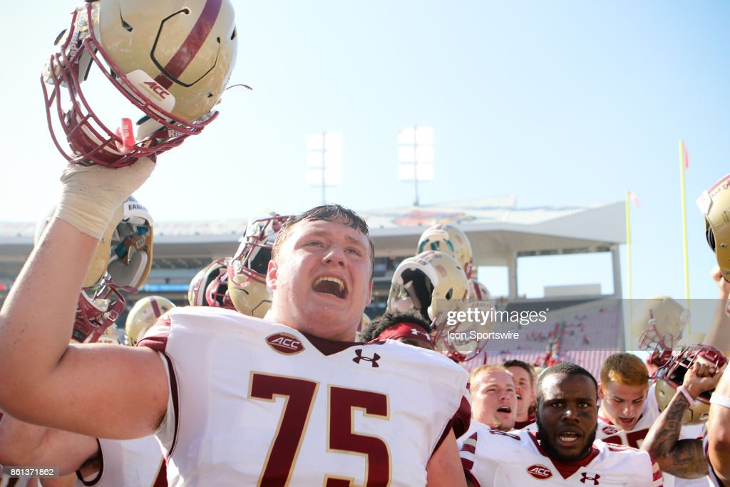 COLLEGE FOOTBALL: OCT 14 Boston College at Louisville : News Photo