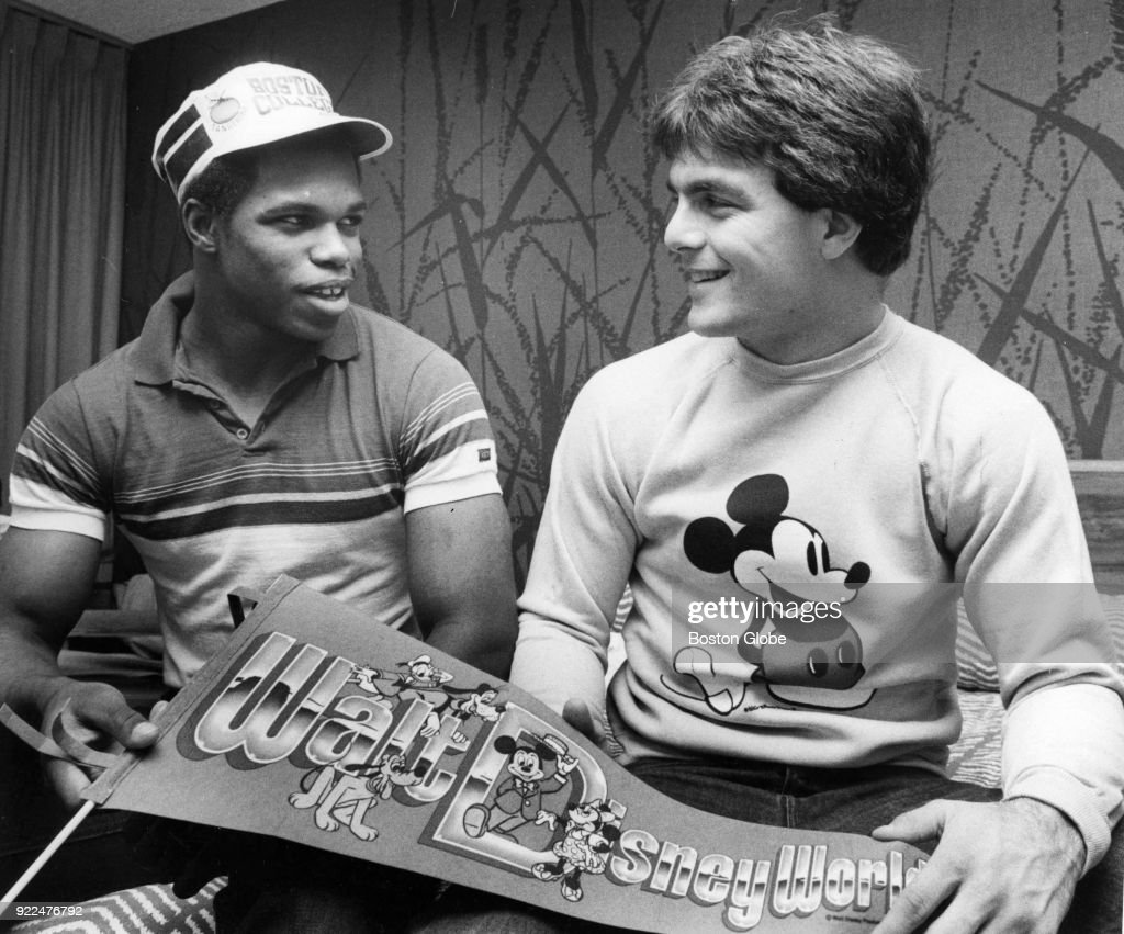 Boston College Kenny Bell, left, and Doug Flutie, right, rest in the hotel room before a dinner in Orlando, Fl., Dec. 13, 1982.