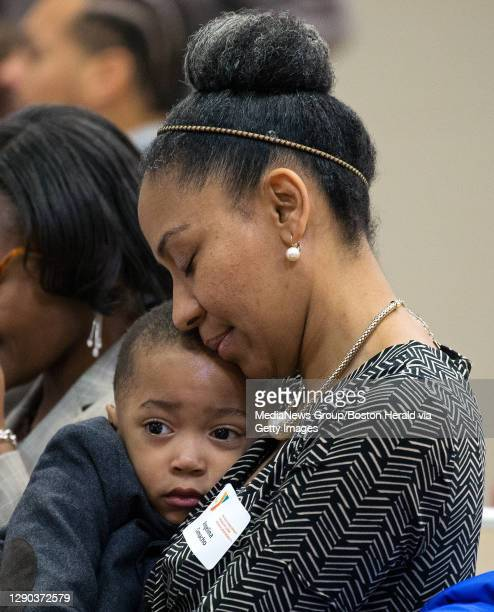 29 Zayden Photos And Premium High Res Pictures Getty Images La biografia, una timeline cronologica di tutte le attività di anwar zayden (attore). https www gettyimages fi photos zayden