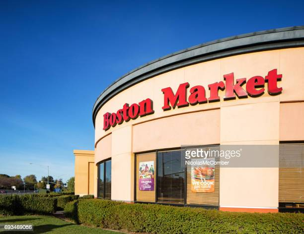 Boston market rotisserie curved restaurant with sign