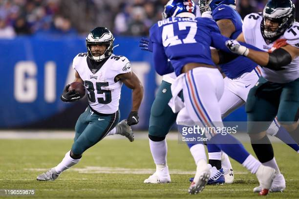 Boston Scott of the Philadelphia Eagles runs the ball against the New York Giants during the second quarter in the game at MetLife Stadium on...