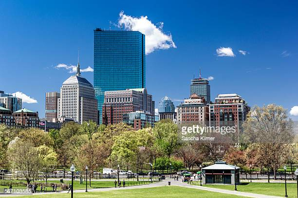 boston skyline springtime - boston common stock pictures, royalty-free photos & images
