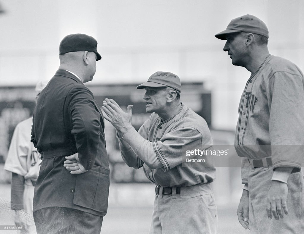 Boston team manager Casey Stengel argues with Umpire Magerkurth during a game between the Boston Bees and the Brooklyn Dodgers.