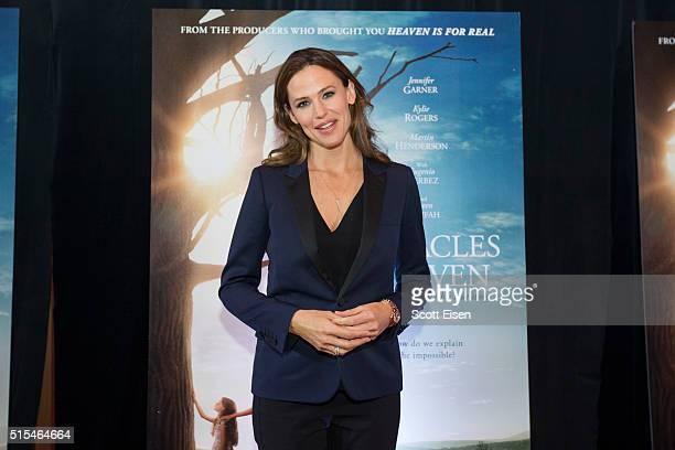 Boston welcomes Jennifer Garner The Beam family and Dr Samuel Nurko at the red carpet screening of Miracles From Heaven to benefit Boston Children's...