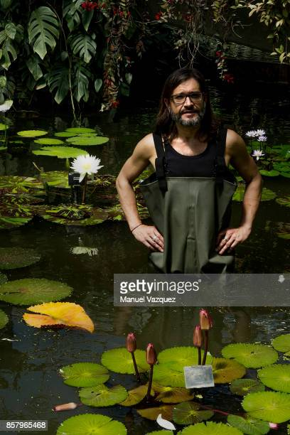 Botanical horticulturist in the tropical nursery at the Royal Botanic Gardens Carlos Magdalena is photographed for NRC Handelsblad on July 5 2017 in...