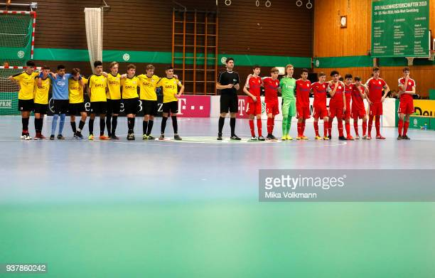 Both teams at the penalty kick on one line during the DFB Indoor Football match between Hombrucher SV 09/72 and SC Fortuna Koeln on March 25 2018 in...