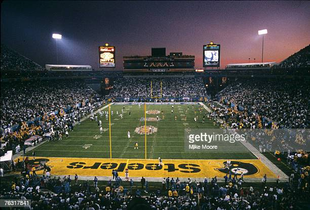 Both teams get ready for the start of the second half of Super Bowl XXX a 2717 Dallas Cowboys victory over the Pittsburgh Steelers on January 28 at...