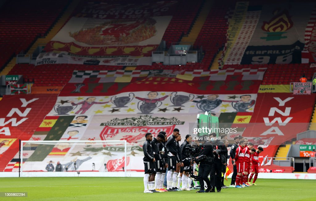 Liverpool v Fulham - Premier League : Nachrichtenfoto
