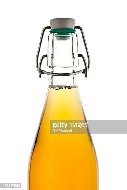 Flasche Apfelsaft.