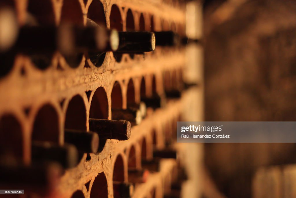 Bottle rack : Stock Photo