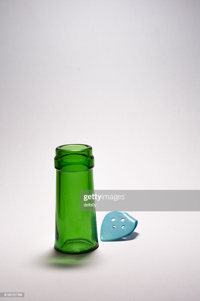 Bottleneck and Thumbpick : Stock Photo