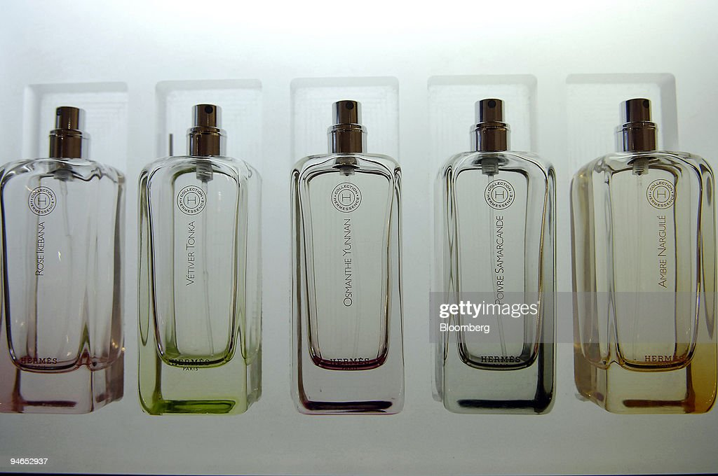 Bottles of perfume are seen in a Hermes shop on via Sant'And : News Photo