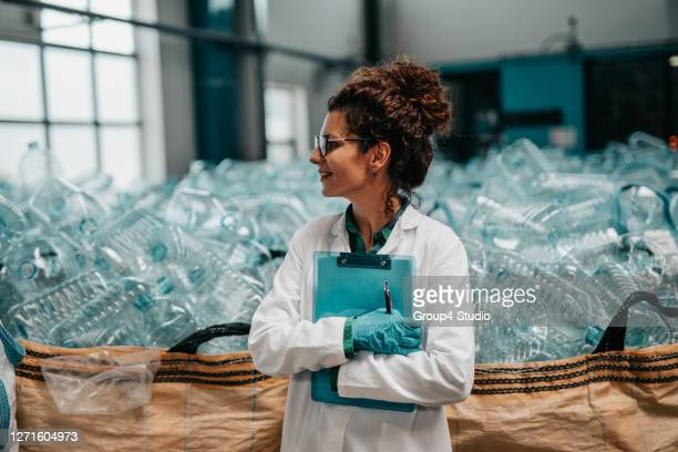 bottling plant - factory stock pictures, royalty-free photos & images