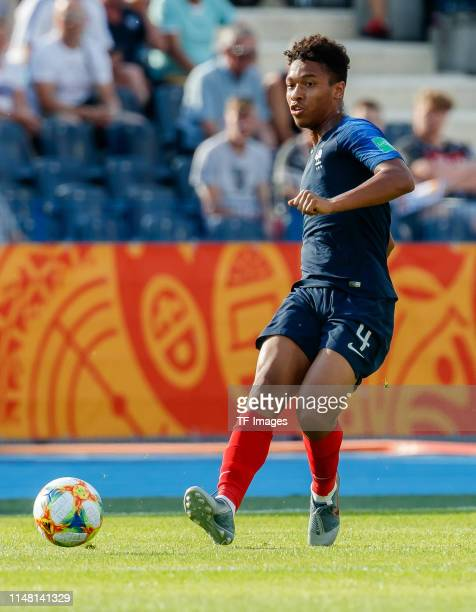 Boubacar Kamara of France controls the ball during the 2019 FIFA U20 World Cup Round of 16 match between France and USA at...