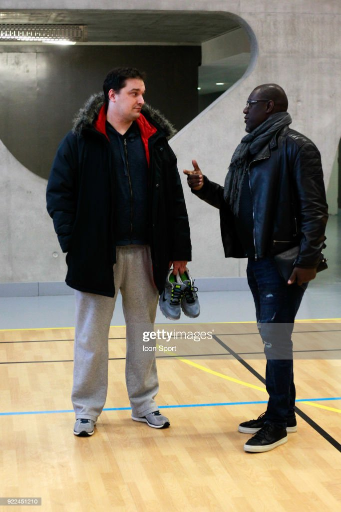 Bouna Ndiaye and Julien Martin head coach during come to explain the project younus at Grigny, France on 7th February 2018