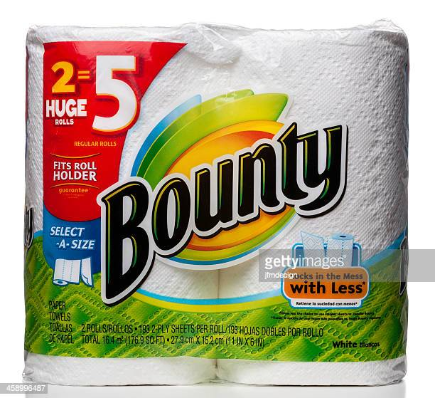 Bounty 2 paper towels rolls package