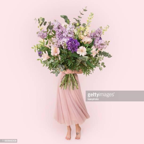 花の花束 - ライラック ストックフォトと画像