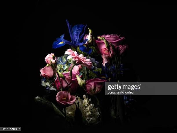 bouquet of flowers - flower stock pictures, royalty-free photos & images