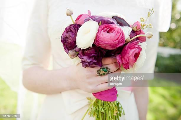 ブーケのラナンキュラスの花