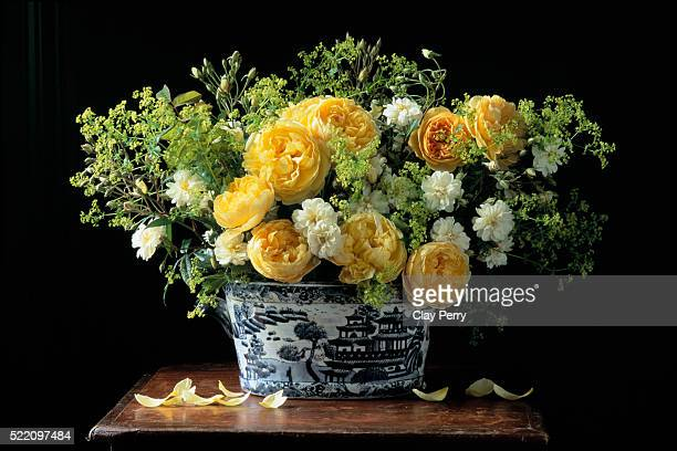 Bouquet of Yellow and White Roses