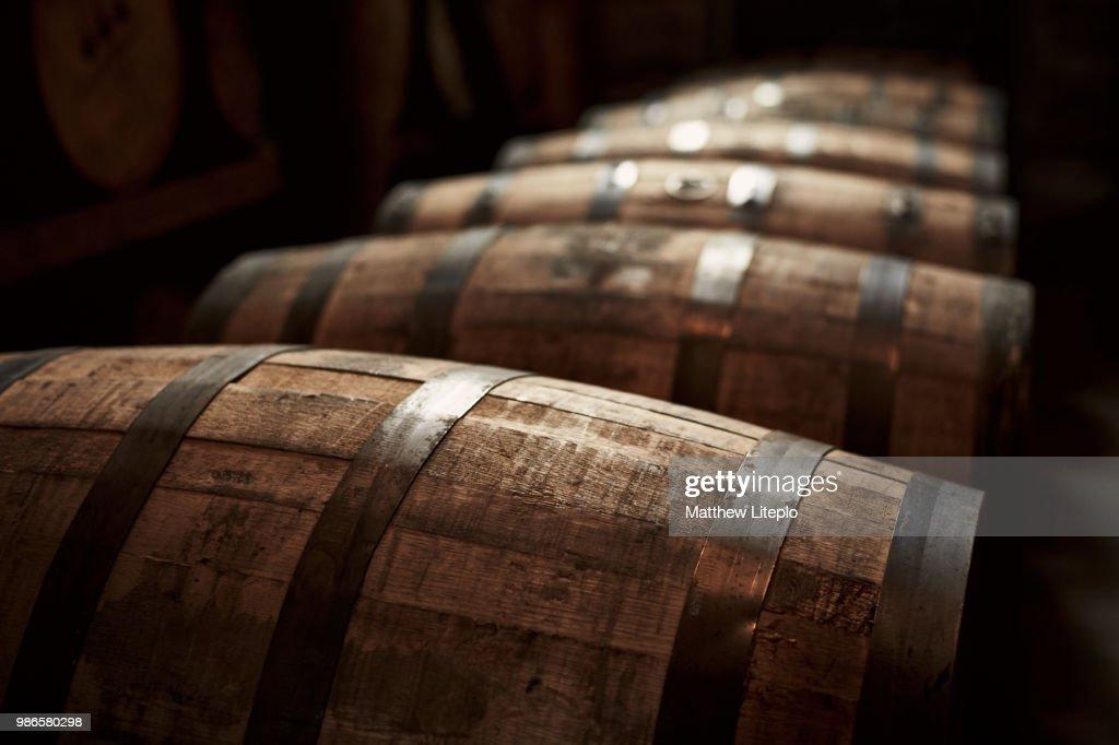 Bourbon barrels in Kentucky, USA. : ストックフォト