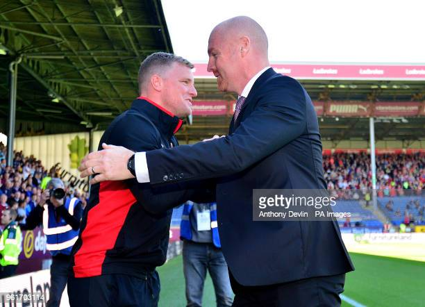 AFC Bournemouth manager Eddie Howe and Burnley manager Sean Dyche shake hands before the game