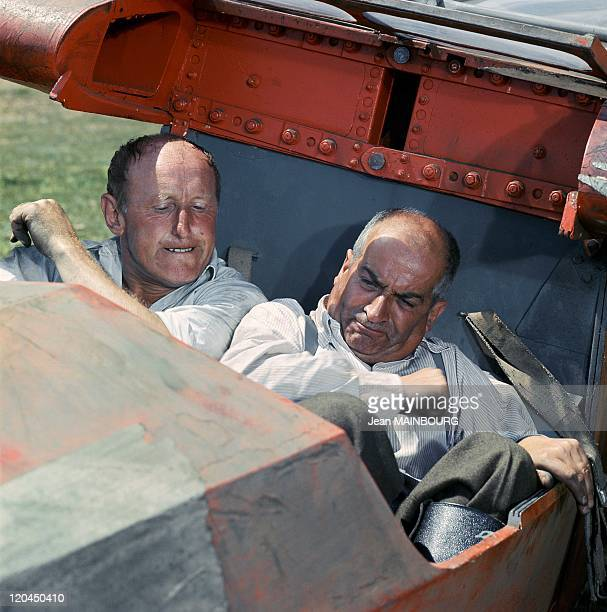 Bourvil and Louis De Funes in France in 1994 Bourvil and Louis De Funes during the shooting of 'Don't look now we're being shot at'