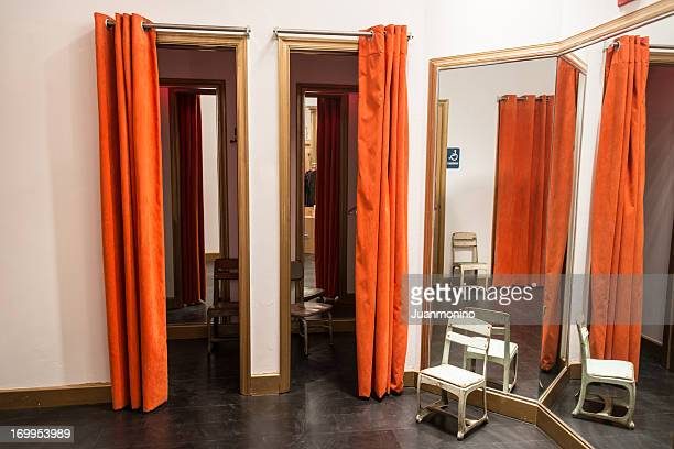 boutique fitting rooms - dressing room stock pictures, royalty-free photos & images