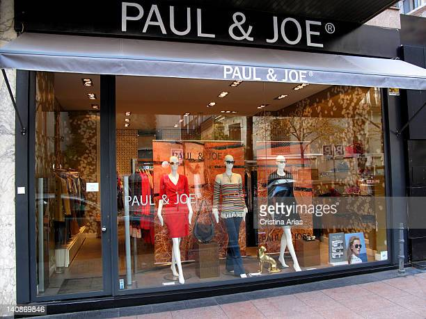 Boutique of the French fashion company Paul & Joe in Madrid, the store opened in 2009 and reflects the world of designer and founder Sophie Albou in...