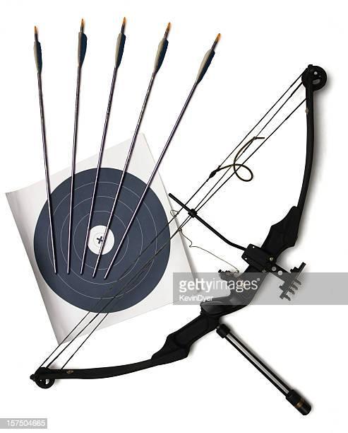 arco e flecha e alvo isolada no branco - arco arco e flecha - fotografias e filmes do acervo