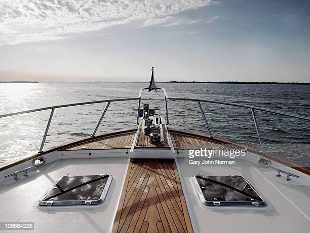 bow of motoryacht - yacht stock pictures, royalty-free photos & images