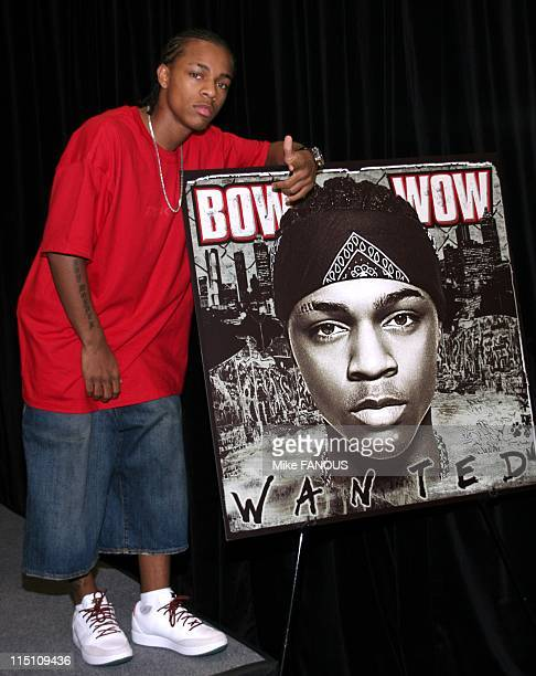Bow Wow instore appearance in Hawthorne United States on June 29 2005 Hip hop artist Bow Wow at the Best Buy