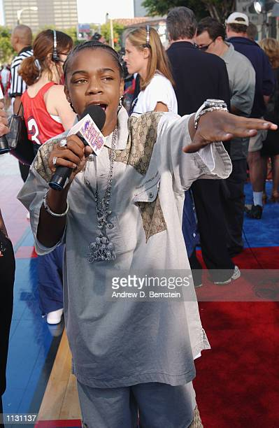 Bow Wow says a few words for the camera at the premiere for 'Like Mike' on June 27 2002 in Westwood California NOTE TO USER User expressly...