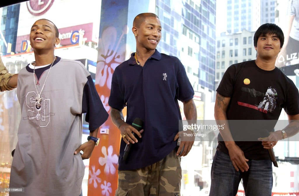 "Bow Wow and The Neptunes Visit MTV's ""TRL"" - August 20, 2003"