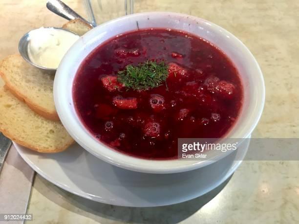 bowl if borscht - east village stock-fotos und bilder