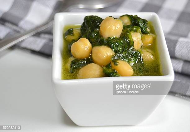 Bowl of chickpeas with spinach