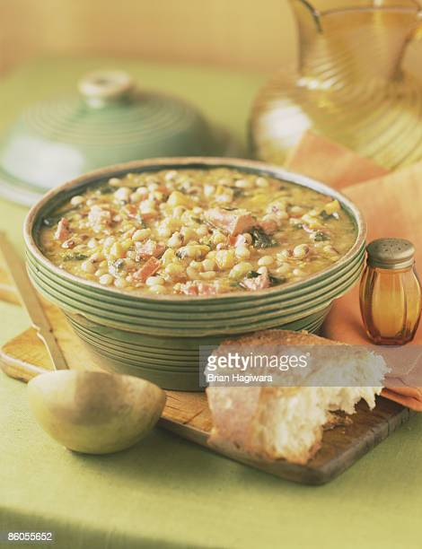 bowl of hoppin' john - black eyed peas food stock pictures, royalty-free photos & images