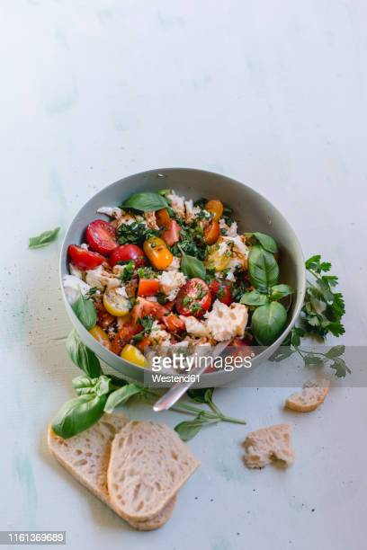 bowl of mozzarella, tomatoes and basil with balsamico vinegar, olive oil and ciabatta - flat leaf parsley stock pictures, royalty-free photos & images