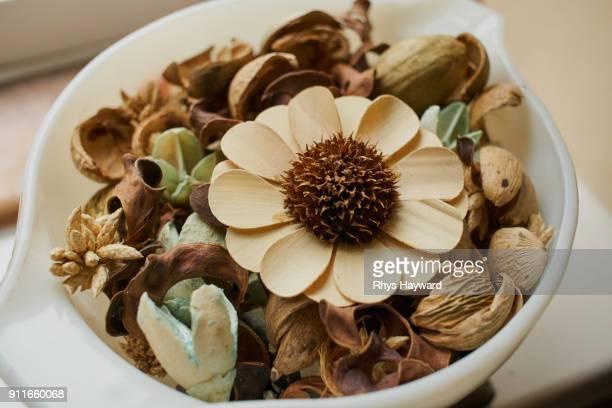 Bowl of Pot Pourri / Potpourri - variation 2