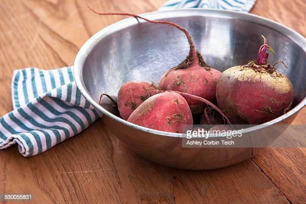Bowl of raw beetroot