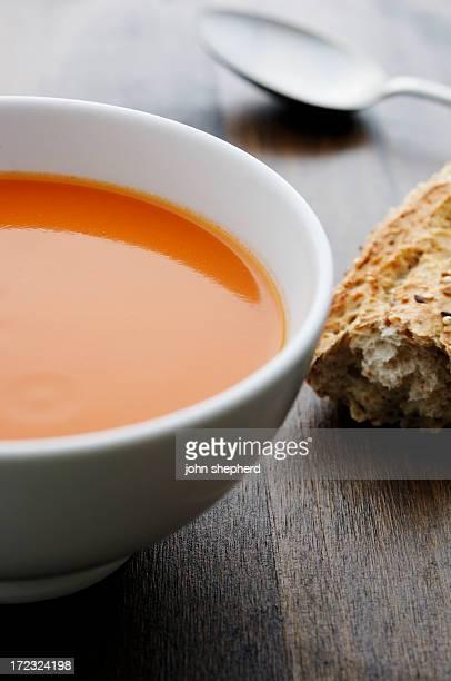 トマトスープボウル