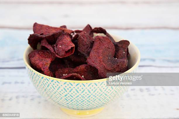 bowl with beetroot chips and fleur de sel