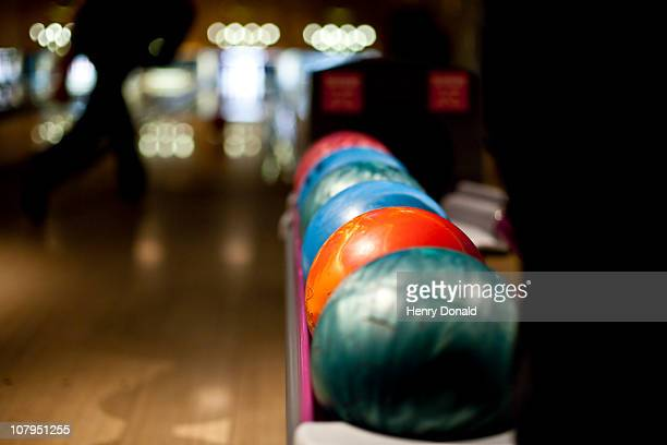 bowling balls - bowling stock pictures, royalty-free photos & images